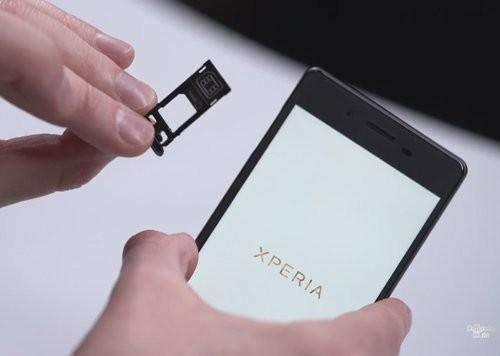 Đập hộp Sony Xperia X phiên bản màu xám ảnh 3