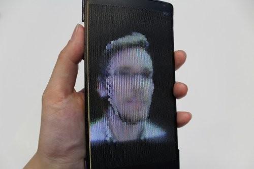 Ra mắt smartphone màn hình uốn dẻo, hiển thị 3D ảnh 2