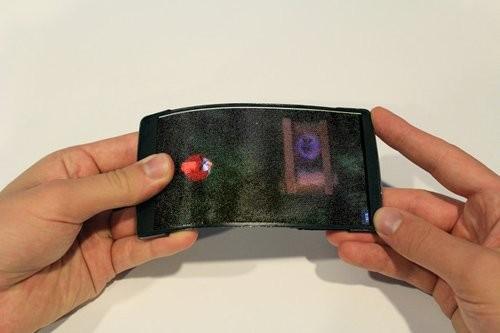 Ra mắt smartphone màn hình uốn dẻo, hiển thị 3D ảnh 3