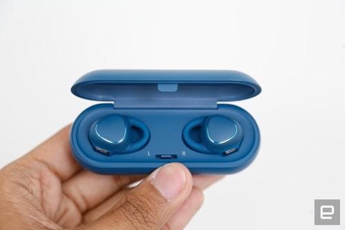 Samsung ra tai nghe không dây giá 200 USD ảnh 4