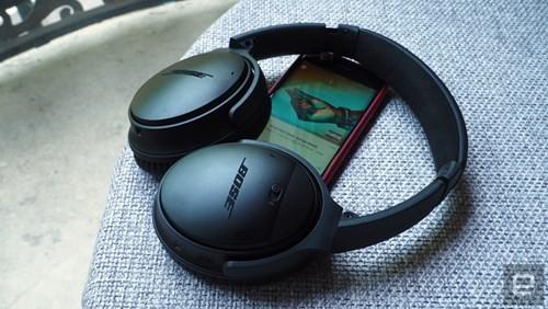 Cận cảnh tai nghe không dây Bose QuietComfort 35 ảnh 2