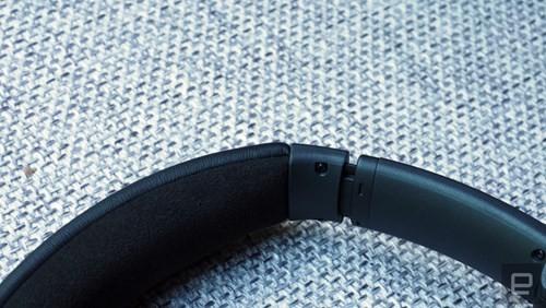 Cận cảnh tai nghe không dây Bose QuietComfort 35 ảnh 7