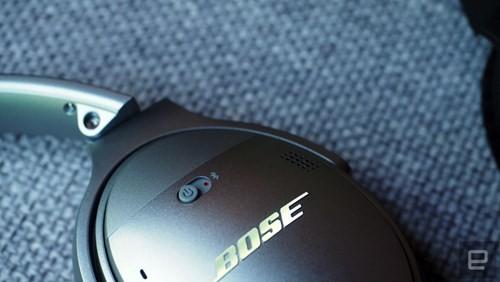 Cận cảnh tai nghe không dây Bose QuietComfort 35 ảnh 8