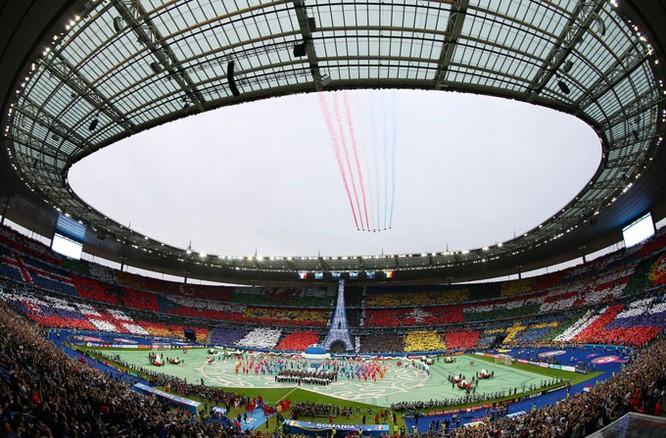 Lễ khai mạc EURO 2016 ngắn ngọn, ngập tràn màu sắc và âm thanh ảnh 2