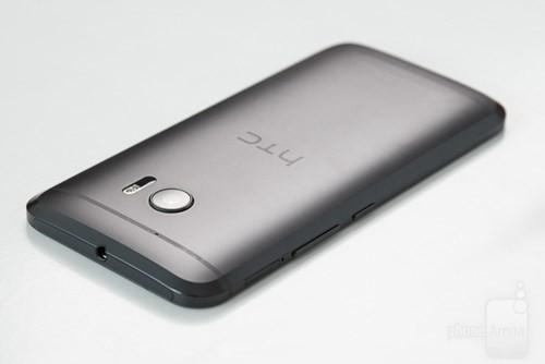 Rộ tin HTC sắp ra mắt điện thoại Desire 10 ảnh 1