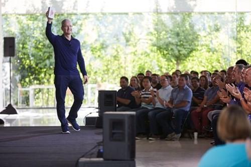 Apple đã bán hơn 1 tỷ chiếc iPhone ảnh 1