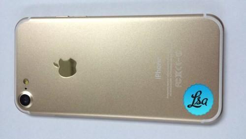 iPhone 7 đọ dáng cùng iPhone 7 Plus ảnh 2