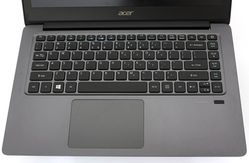 Cận cảnh laptop siêu di động Acer TravelMate X349 ảnh 4