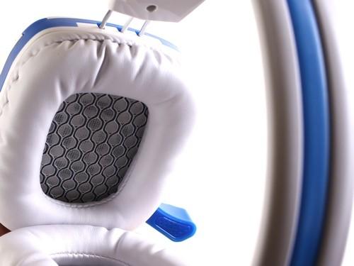 Cận cảnh tai nghe chuyên game SoundMax A-312 ảnh 5