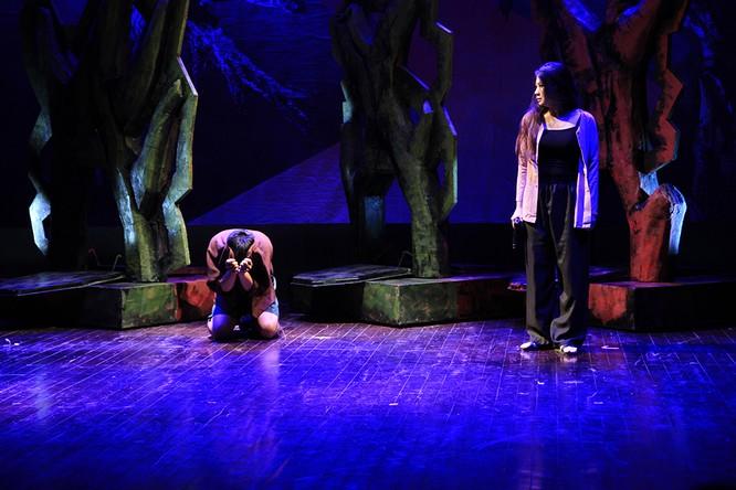 """Video: """"Biệt đội Báo Đen"""" khốc liệt và lãng mạn trên sân khấu Nhà hát Lớn ảnh 8"""