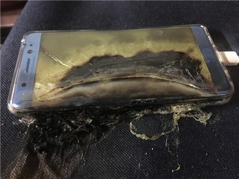 Thảm kịch Galaxy Note 7 và sự bốc hơi của 7 tỷ USD giá trị cổ phiếu ảnh 2