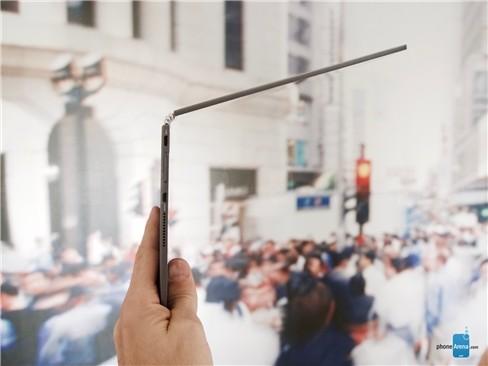 Cận cảnh tablet hàng độc Lenovo Yoga Book ảnh 11