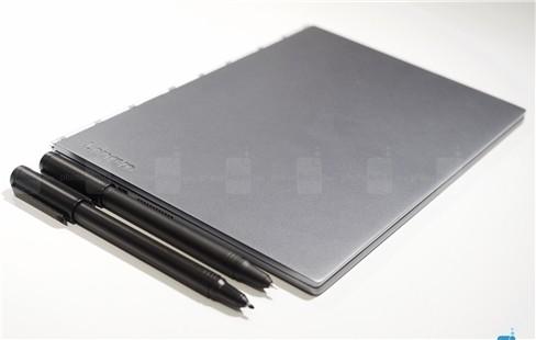 Cận cảnh tablet hàng độc Lenovo Yoga Book ảnh 2