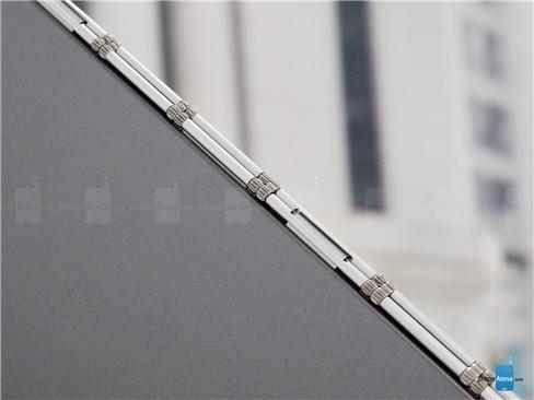 Cận cảnh tablet hàng độc Lenovo Yoga Book ảnh 3