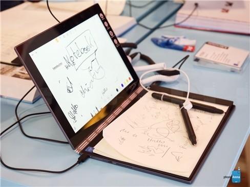 Cận cảnh tablet hàng độc Lenovo Yoga Book ảnh 8