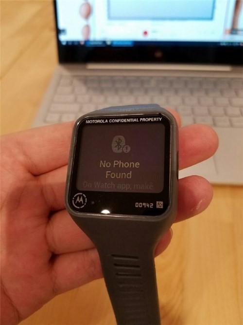 Motorola sắp ra mắt smartwatch mặt vuông ảnh 4