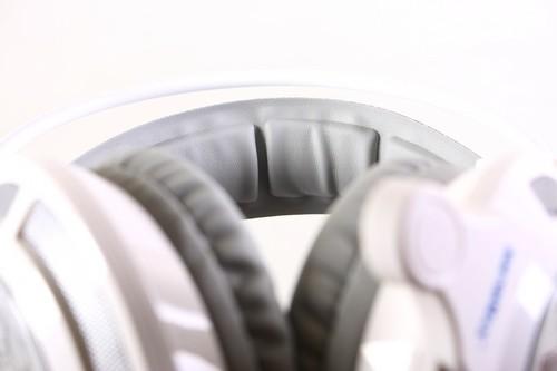 Cận cảnh tai nghe chơi game Soundmax AH-317 ảnh 4