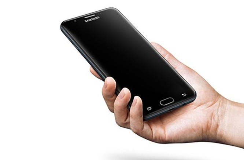 Video: Ra mắt Samsung Galaxy On7 2016 với giá 240 USD ảnh 1