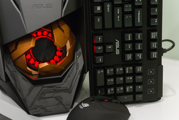 Cận cảnh PC chuyên game Asus ROG GT51 giá 60 triệu đồng ảnh 2