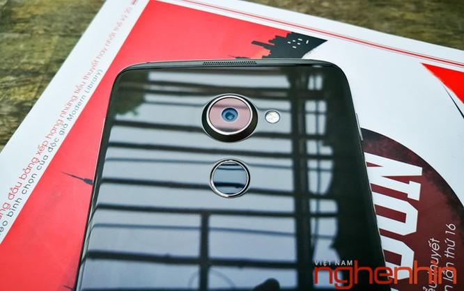 Trên tay Blackberry DTEK60: thiết kế không mới nhưng bóng bẩy hơn ảnh 9