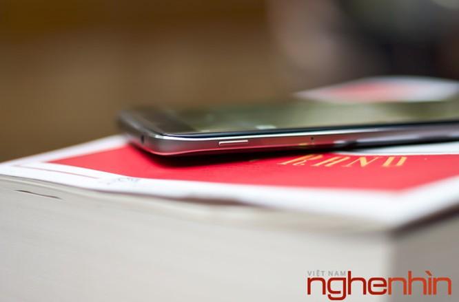 Trên tay Blackberry DTEK60: thiết kế không mới nhưng bóng bẩy hơn ảnh 3
