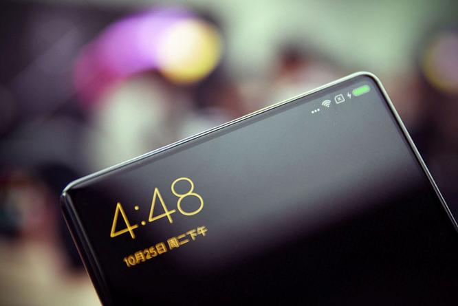 Chạm vuốt Xiaomi Mi MIX - smartphone không viền cực sexy ảnh 1