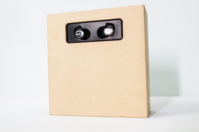 Mở hộp tai nghe AKG N40 - Kẻ thừa kế K3003 ảnh 2