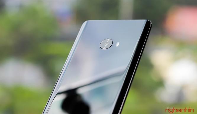 Trên tay Xiaomi Mi Note 2 bản Jet Black vừa 'cập bến' ảnh 10