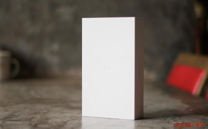 Trên tay Xiaomi Mi Note 2 bản Jet Black vừa 'cập bến' ảnh 2