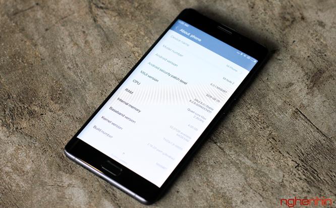 Trên tay Xiaomi Mi Note 2 bản Jet Black vừa 'cập bến' ảnh 13