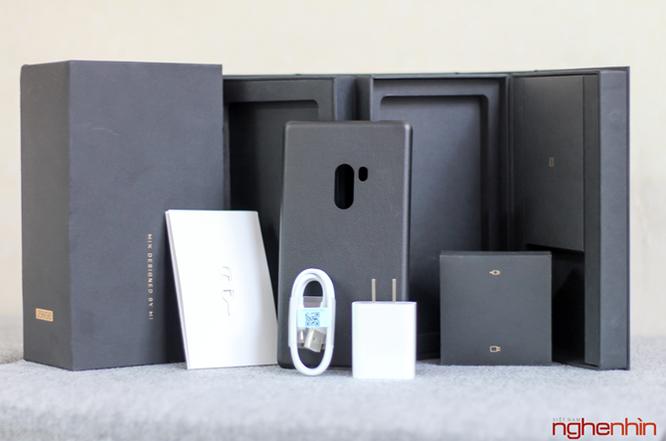 Trên tay Xiaomi Mi MIX độc nhất Việt Nam giá 30 triệu ảnh 2
