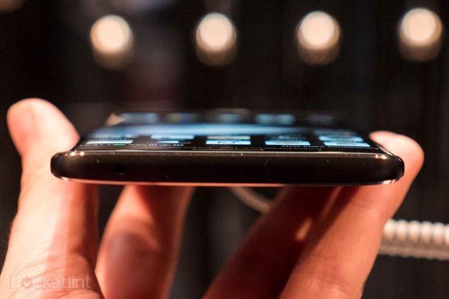 Cận cảnh hàng 'độc' của Huawei: Porsche Design Mate 9 ảnh 7