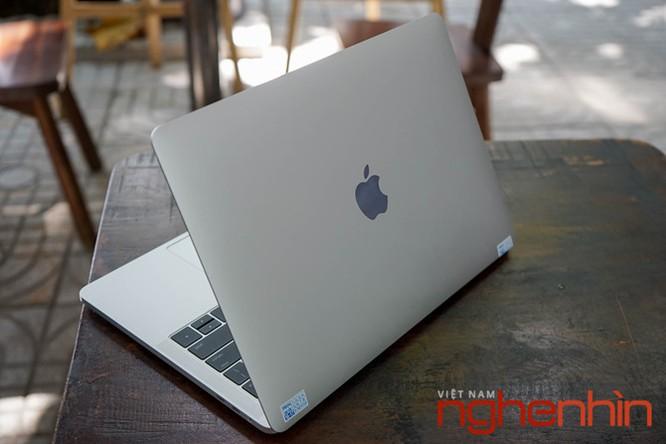 Cận cảnh Macbook Pro 2016 có Touch Bar vừa về Việt Nam giá 43 triệu ảnh 1