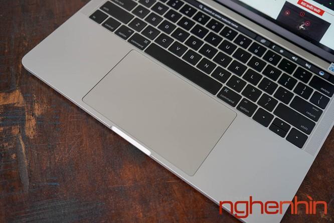 Cận cảnh Macbook Pro 2016 có Touch Bar vừa về Việt Nam giá 43 triệu ảnh 4