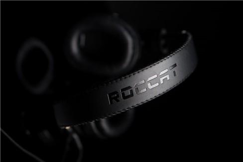 Ngắm tai nghe chơi game Roccat Cross