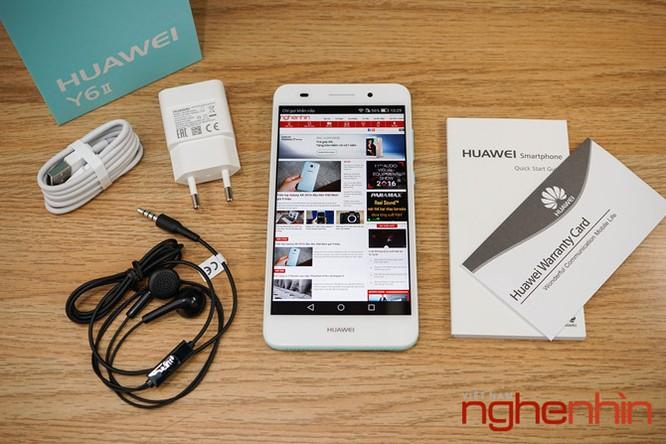 Mở hộp Huawei Y6II xanh ngọc giá 3 triệu vừa lên kệ ảnh 1