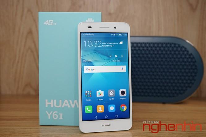 Mở hộp Huawei Y6II xanh ngọc giá 3 triệu vừa lên kệ ảnh 2