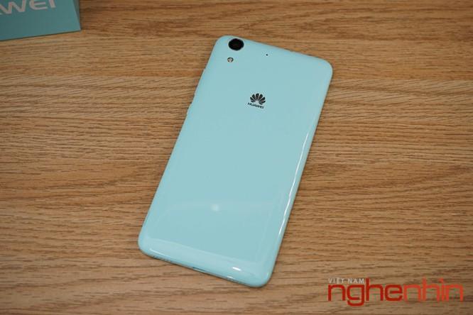 Mở hộp Huawei Y6II xanh ngọc giá 3 triệu vừa lên kệ ảnh 4