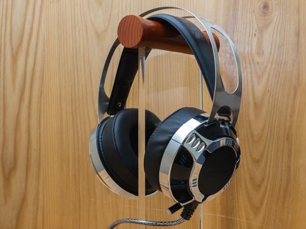 Cận cảnh tai nghe chơi game Soundmax AH-319 ảnh 1