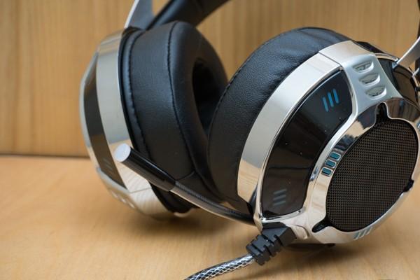 Cận cảnh tai nghe chơi game Soundmax AH-319 ảnh 5