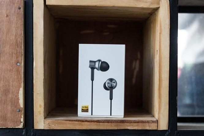 Mở hộp tai nghe Xiaomi Piston Pro giá 750.000VND ảnh 1