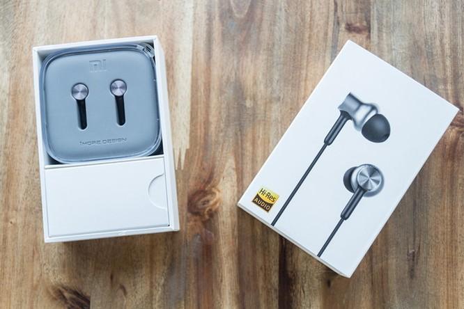Mở hộp tai nghe Xiaomi Piston Pro giá 750.000VND ảnh 2
