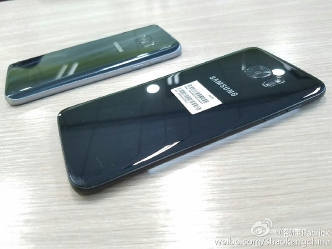 Lộ ảnh thực tế Galaxy S7 edge đen bóng ảnh 8
