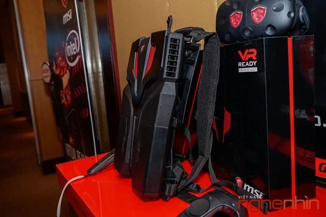 Ba-lô thực tế ảo MSI VR One lên kệ Việt giá 55 triệu ảnh 2