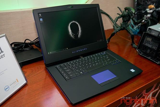 Cận cảnh Gaming Laptop Alienware 15 R3 2017 ảnh 6