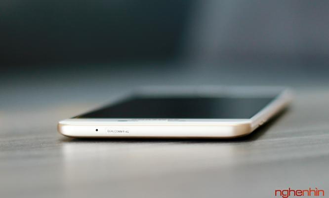 Khui hộp Galaxy C9 Pro: RAM 6GB, pin 4000mAh, selfie 16MP ảnh 6