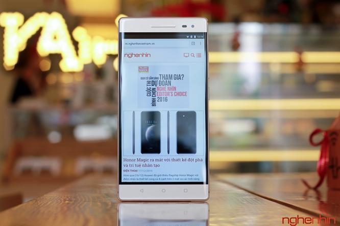 Trên tay Lenovo Phab2 Pro - smartphone sở hữu 4 camera ảnh 7