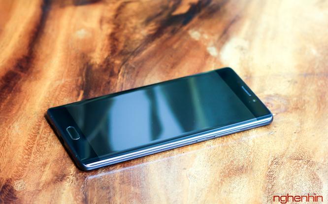 Đánh giá Xiaomi Mi Note 2 - đối thủ khó chịu của mọi flagship ảnh 4