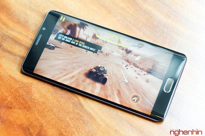 Đánh giá Xiaomi Mi Note 2 - đối thủ khó chịu của mọi flagship ảnh 5