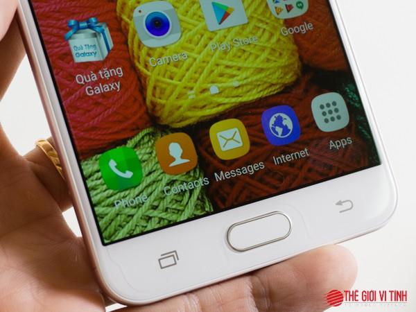 Cận cảnh Samsung Galaxy J7 Prime màu hồng ảnh 16